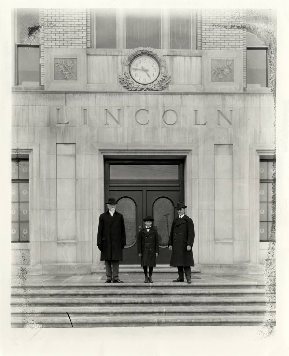 event 2020 homecoming Lelands in front of Lincoln building