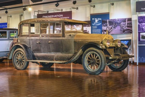 1923 Lincoln sport phaeton by Anderson