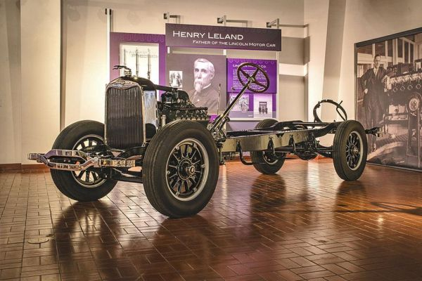 1926-27 Lincoln chassis